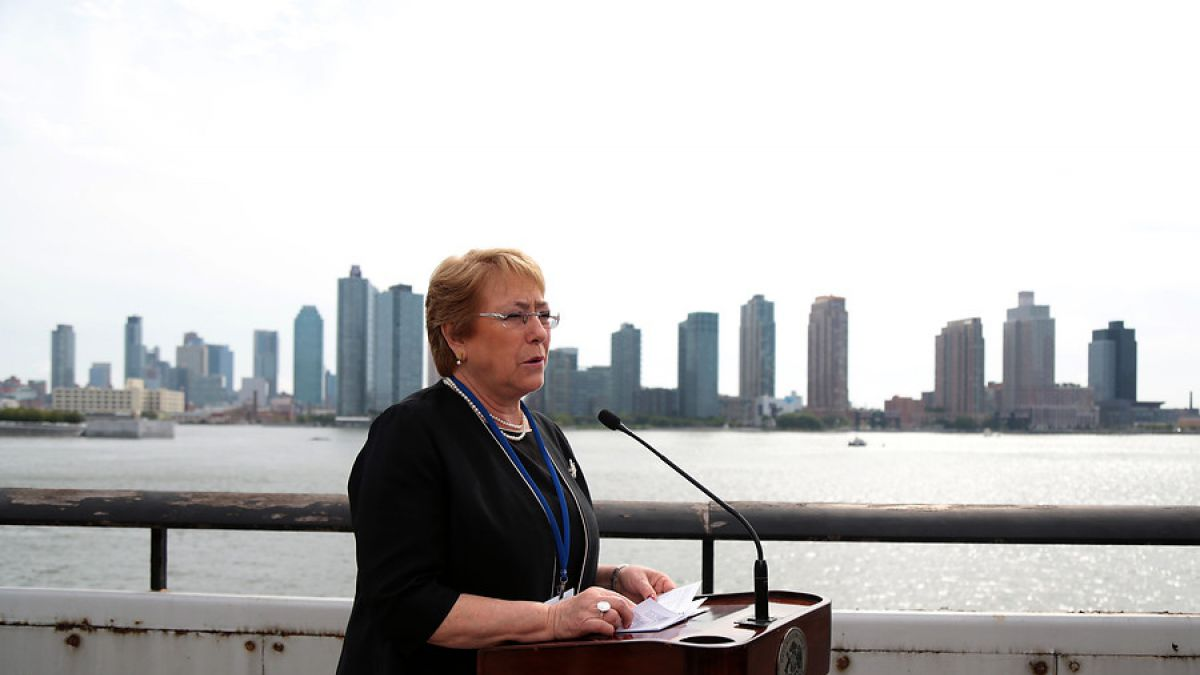 Michelle Bachelet subió al 34% de aprobación — Cadem