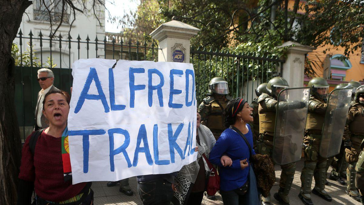 Comuneros imputados en caso Luchsinger-Mackay inician huelga de hambre