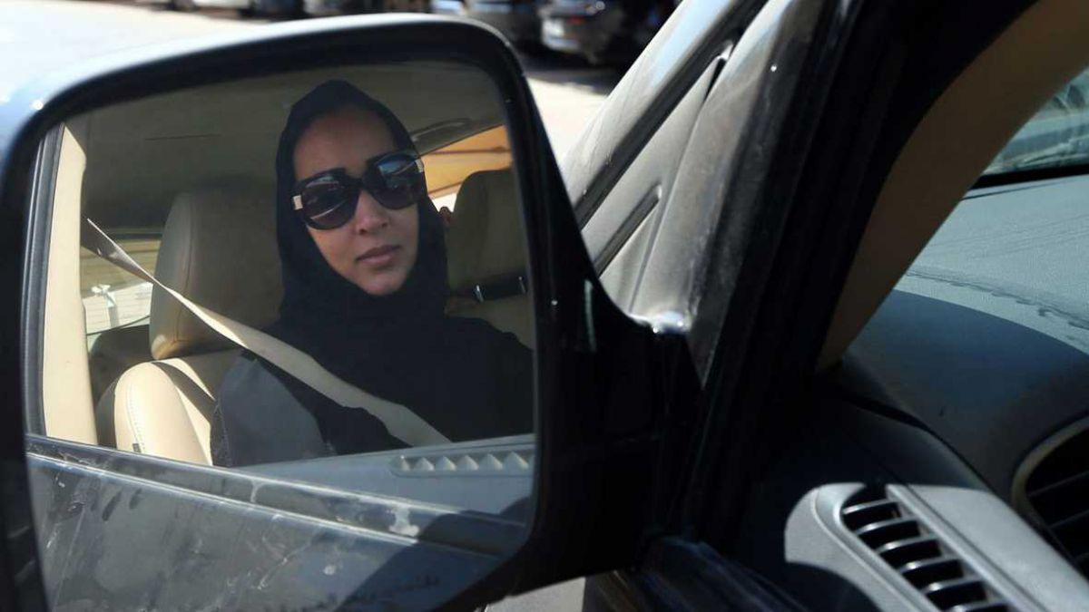 Histórico: mujeres por fin podrán manejar vehículos en Arabia Saudita