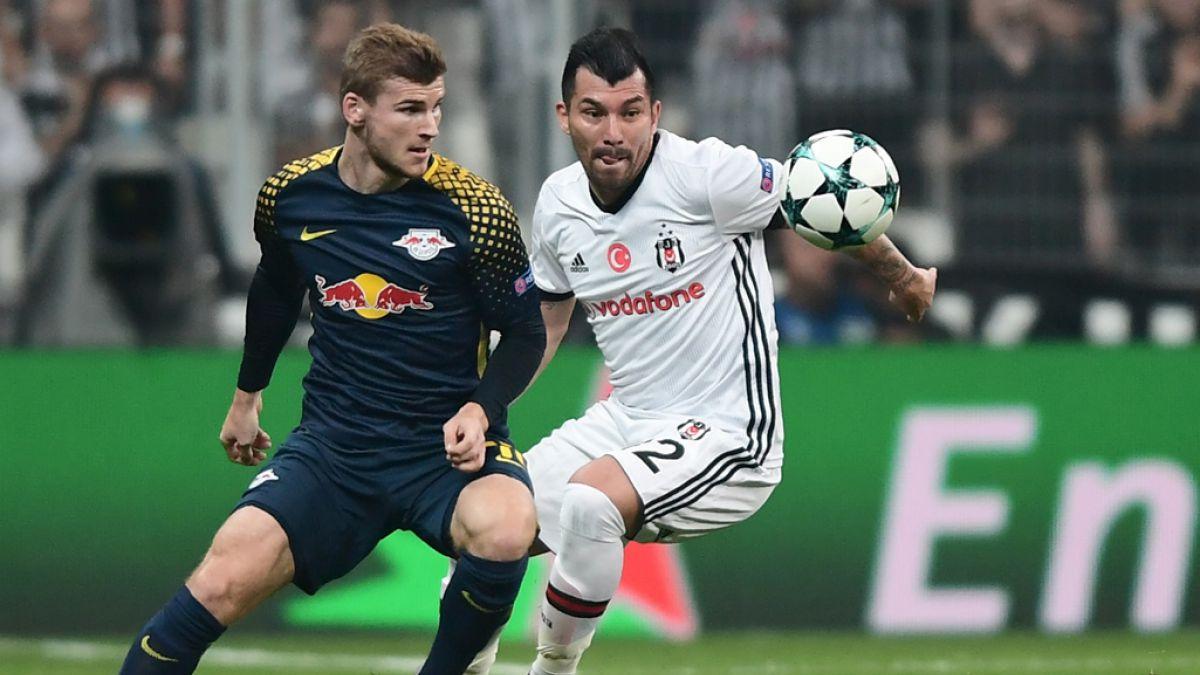 Timo Werner sufre por el ruido en el estadio del Besiktas