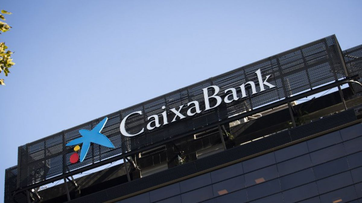 CaixaBank, tercer banco español, traslada su sede social a Valencia