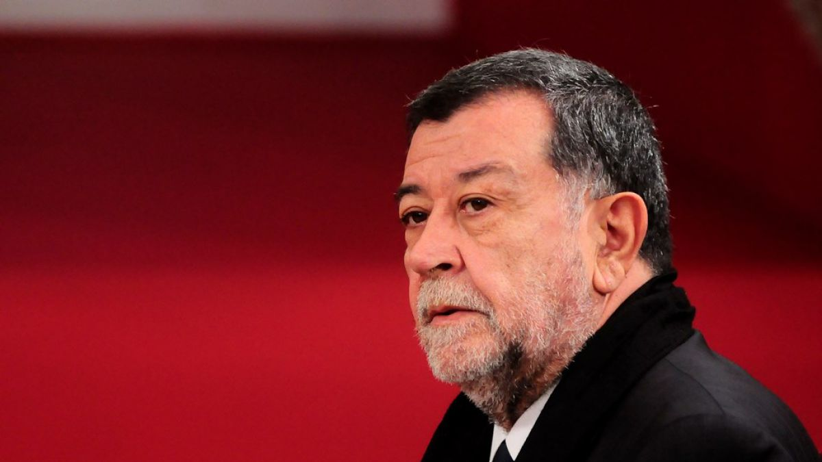 Gobierno anuncia que subsecretario Aleuy retomó sus funciones en La Moneda