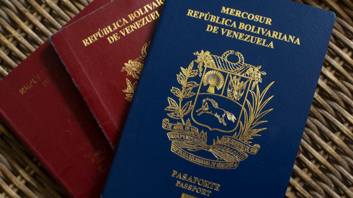 Gobierno venezolano decretó prórroga de pasaportes vencidos