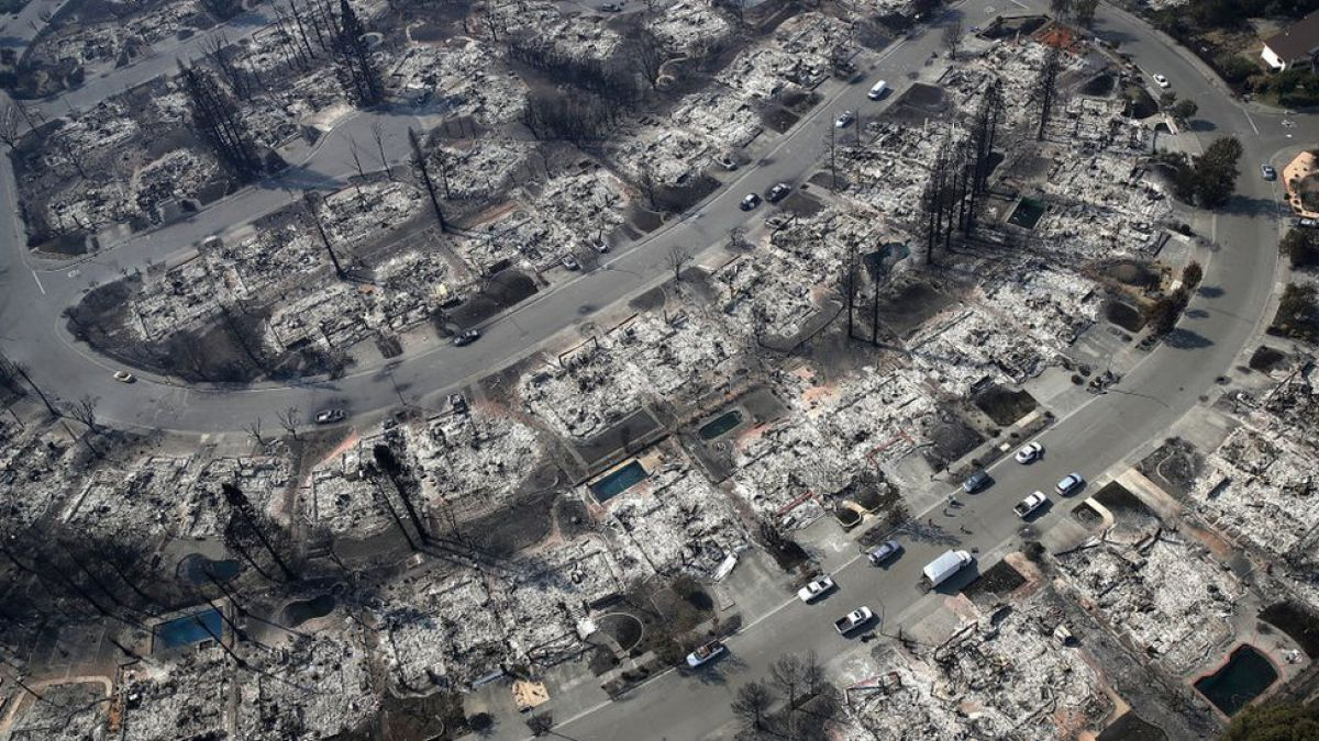 [FOTOS] Las impresionantes imágenes aéreas de la devastación en California