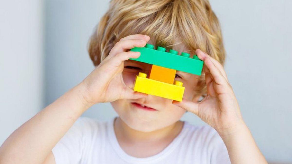 Cinco juguetes para enseñar ingeniería a los niños (más allá de Lego)