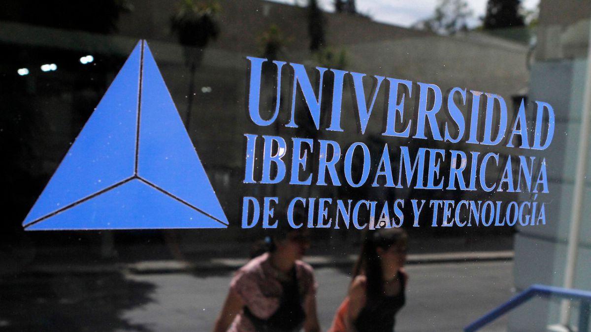 Mineduc confirma el cierre de la Universidad Iberoamericana