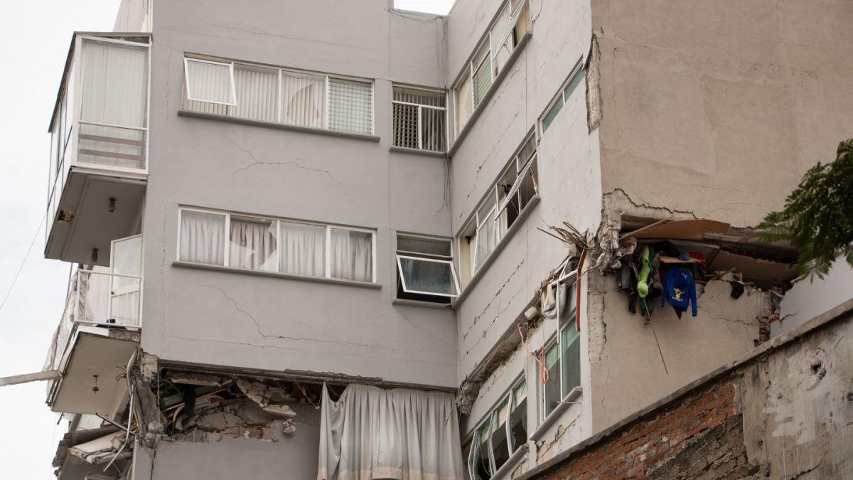 Ingenieros chilenos participan de informe que explica colapso de edificios tras terremoto en México