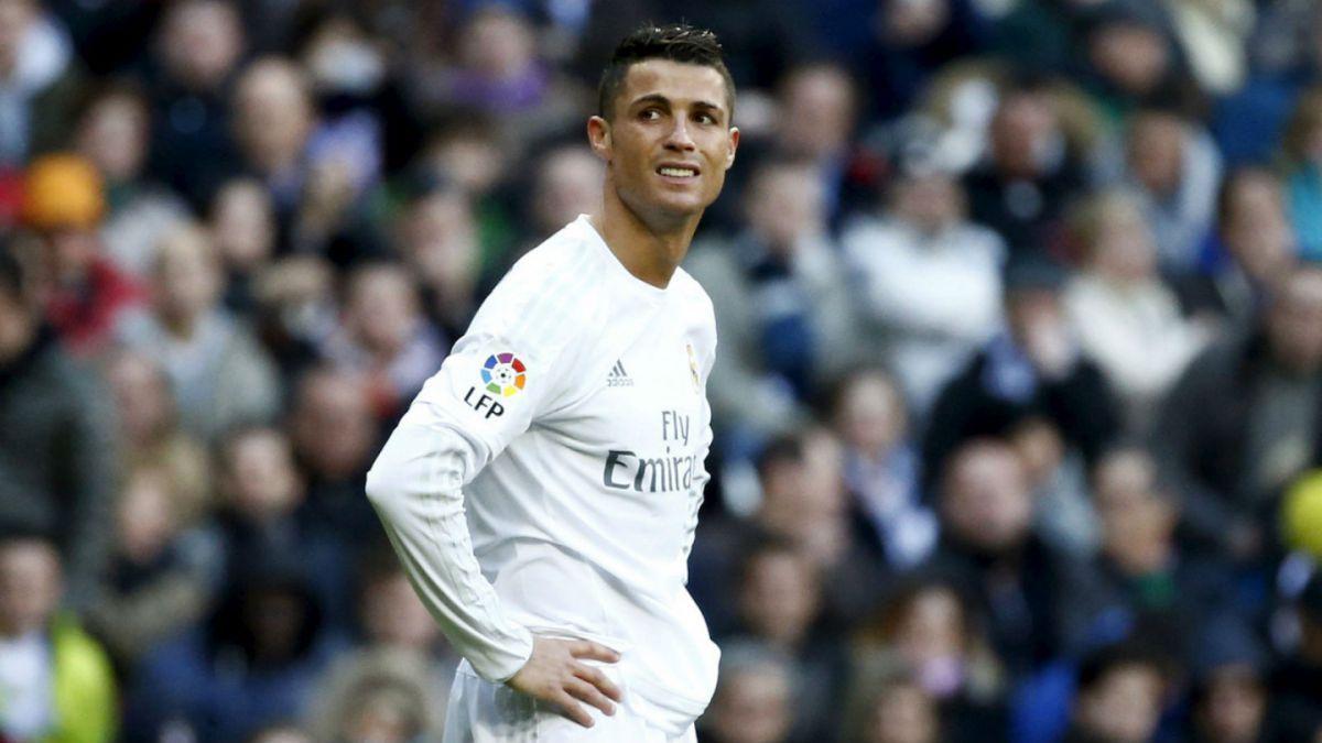 La jugada con que Cristiano Ronaldo pretendió sorprender, pero que terminó en fail