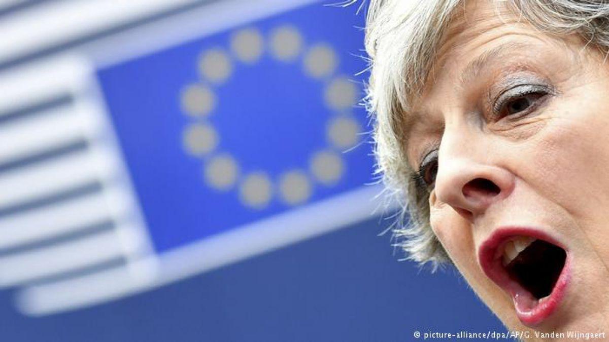 Laboristas amenazan a May con vetar la ley sobre el Brexit