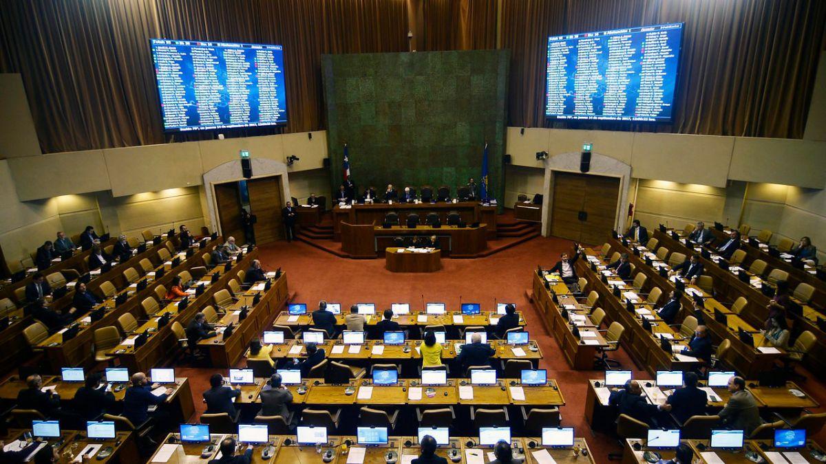 Cámara de Diputados califica de injustos cuestionamientos por días libres