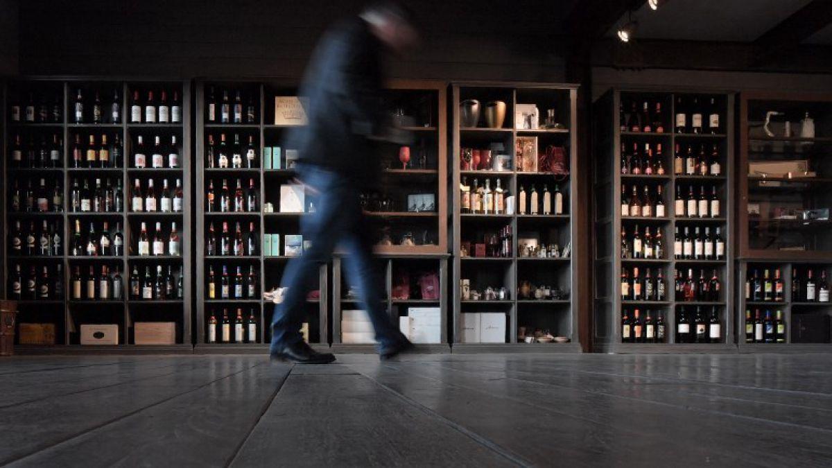 La producción mundial de vino cae a su peor nivel en más de 50 años
