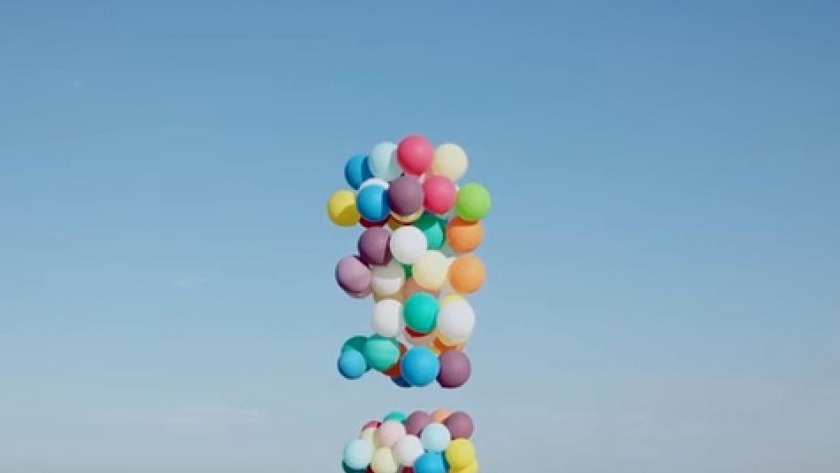 ¡'Up' en la vida real! Vuela con 100 globos atados a silla