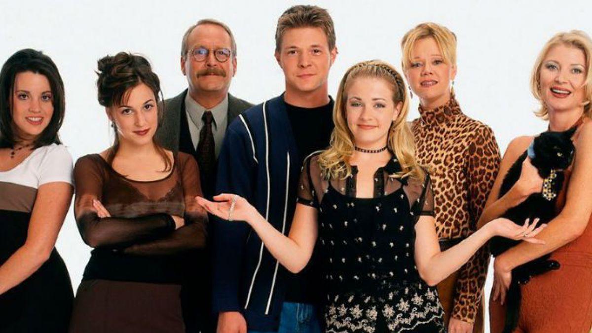 Protagonistas de 'Sabrina, la bruja adolescente' se reúnen