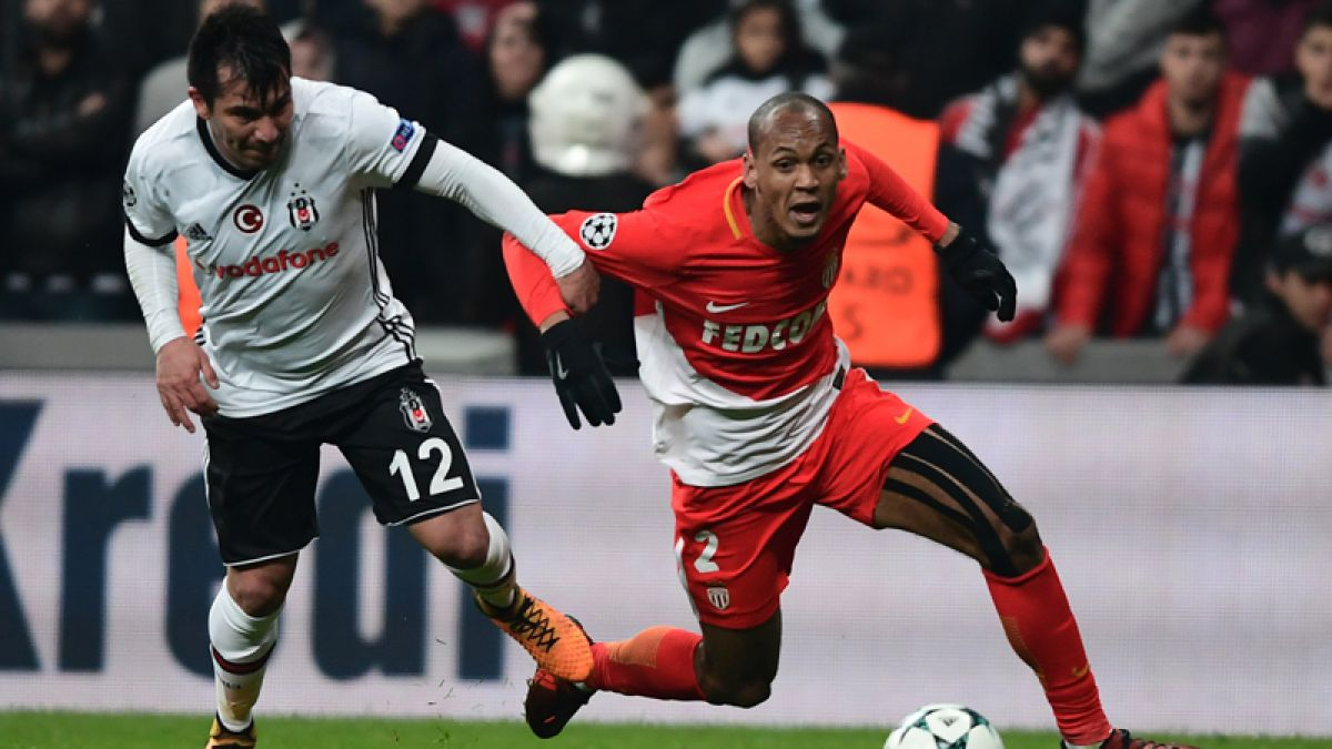 Besiktas con Medel iguala ante AS Monaco y deja en suspenso su clasificación en Champions