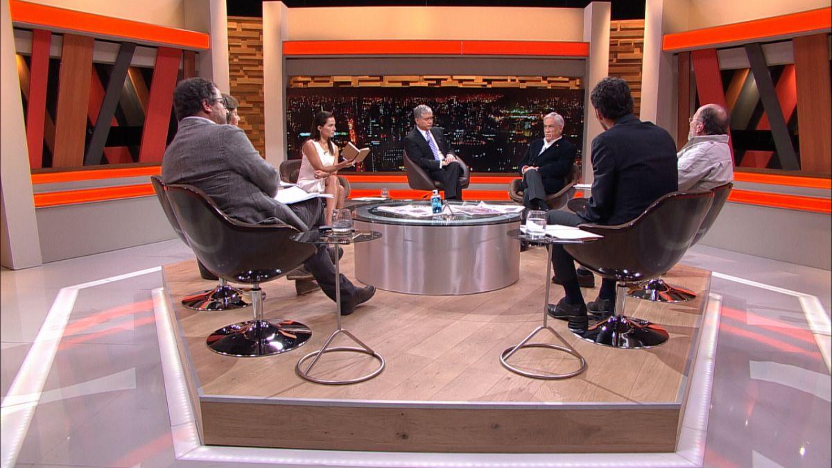 Piñera tilda a Guillier de demagogo y dice que no despedirá a 20 mil funcionarios públicos