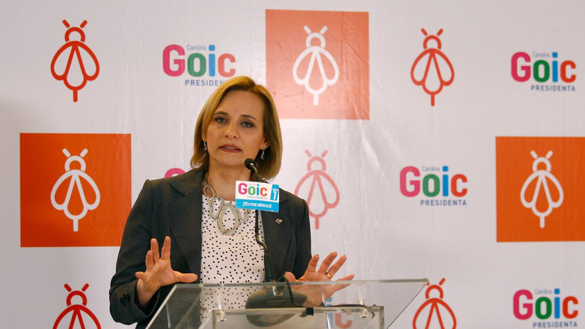 Goic arremete contra Guillier por ausencia en votación de capitalización de TVN
