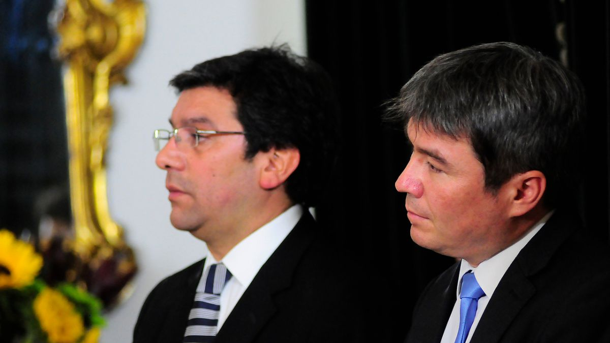 Badenier increpa a ministro Mena por redes sociales: Tú no diseñaste el impuesto verde