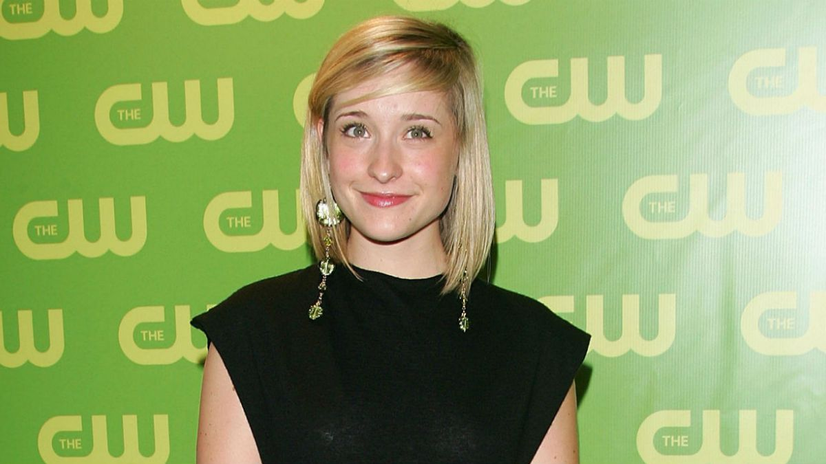 Allison Mack, de 'Smallville', envuelta en secta sexual