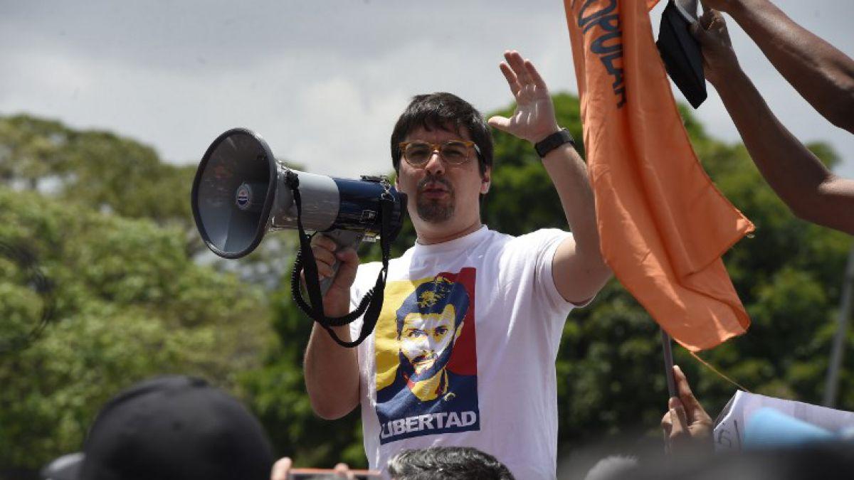Vicepresidente del Parlamento venezolano evalúa pedir asilo político a Chile