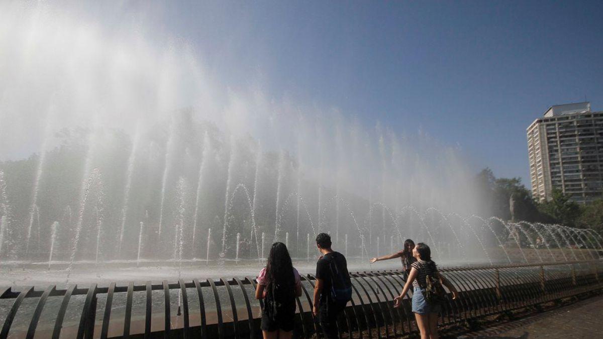 Meteorología anuncia una nueva ola de calor en Santiago