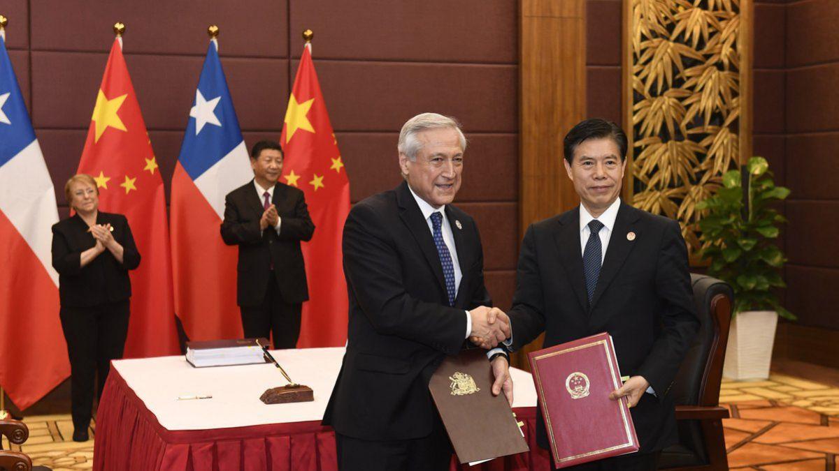Chile y China firmaron acuerdo de profundización del Tratado de Libre Comercio
