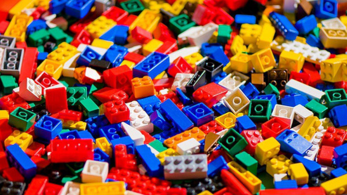 Nuevo jefe de Lego quiere combinar los bloques con aplicaciones