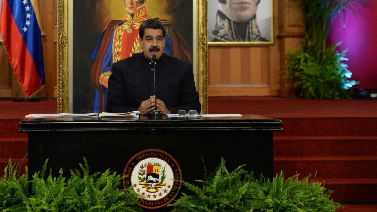 Venezuela: S&P declara ''default parcial'' deuda en divisas por incumplimientos