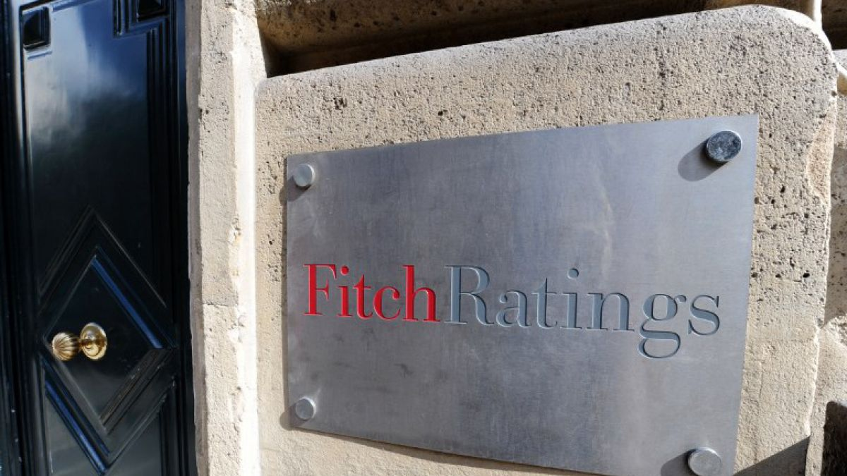 Fitch rebaja nota de Venezuela a default selectivo