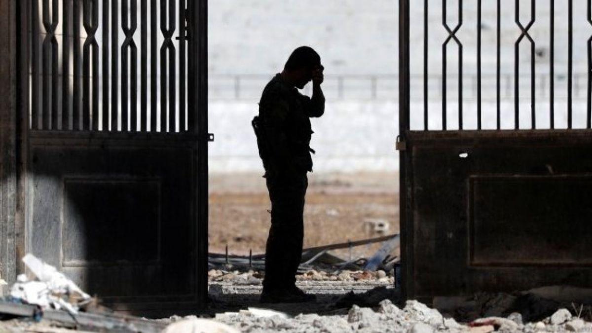 El pacto secreto que permitió a 250 combatientes de Estado Islámico escapar de Raqqa
