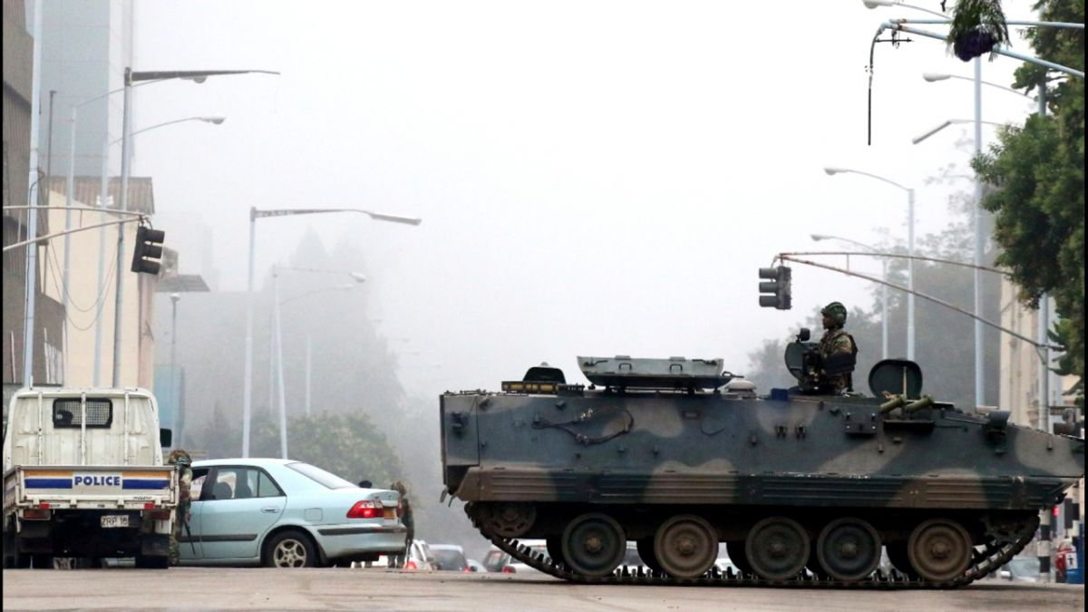 Militares intervienen Zimbabue contra criminales cercanos a Mugabe