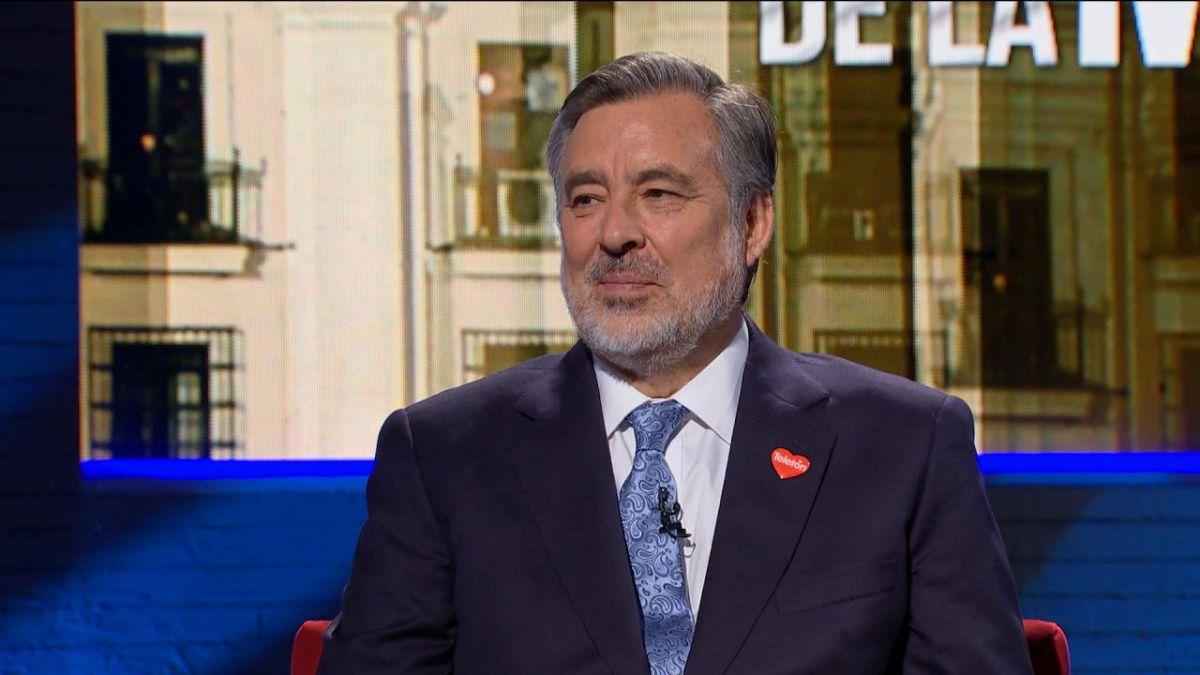 Chile: Bachelet se reúne con Guillier en gesto de apoyo