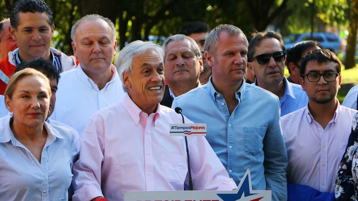 """Piñera se compromete a avanzar en gratuidad: """"Apenas la economía vuelva a crecer"""""""