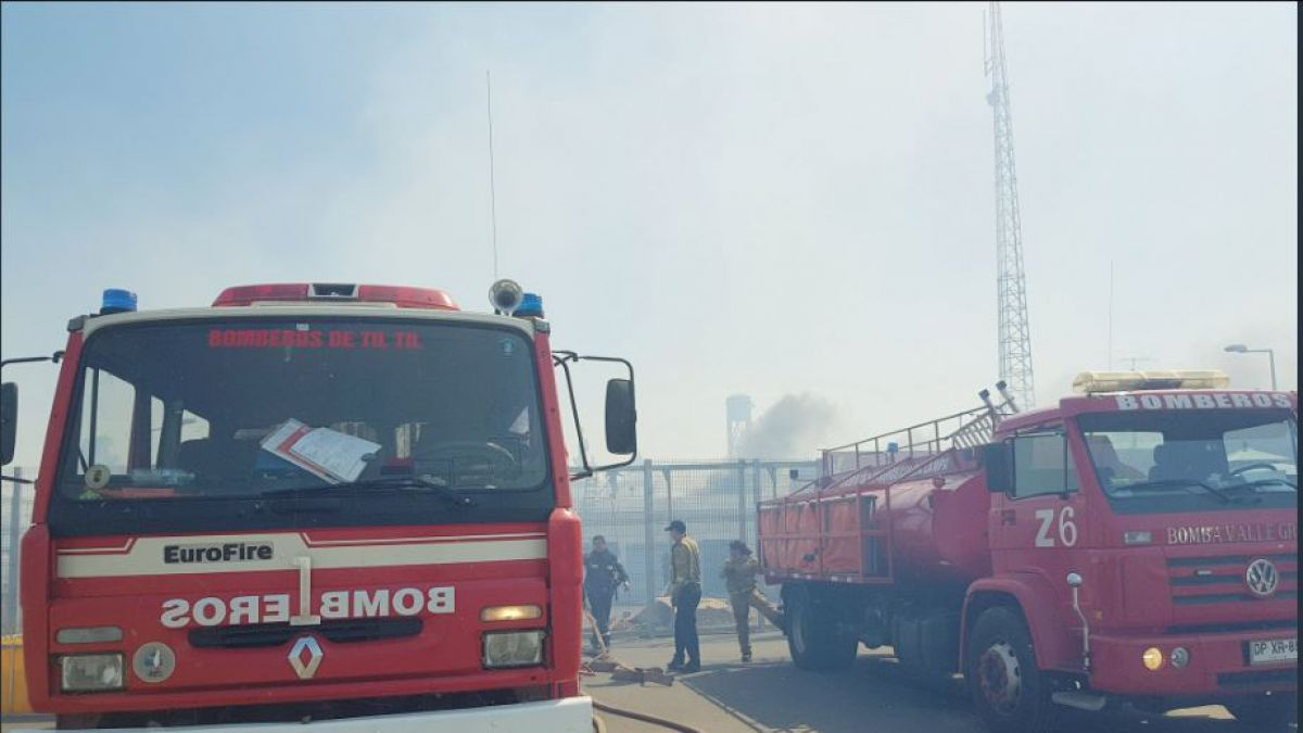 Declaran Alerta Roja por Incendio Forestal en la comuna de Til Til