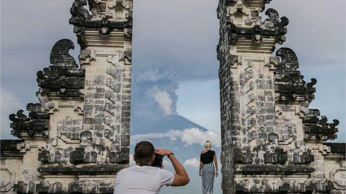 Alerta Máxima en Bali. Volcán Agung entra en erupción