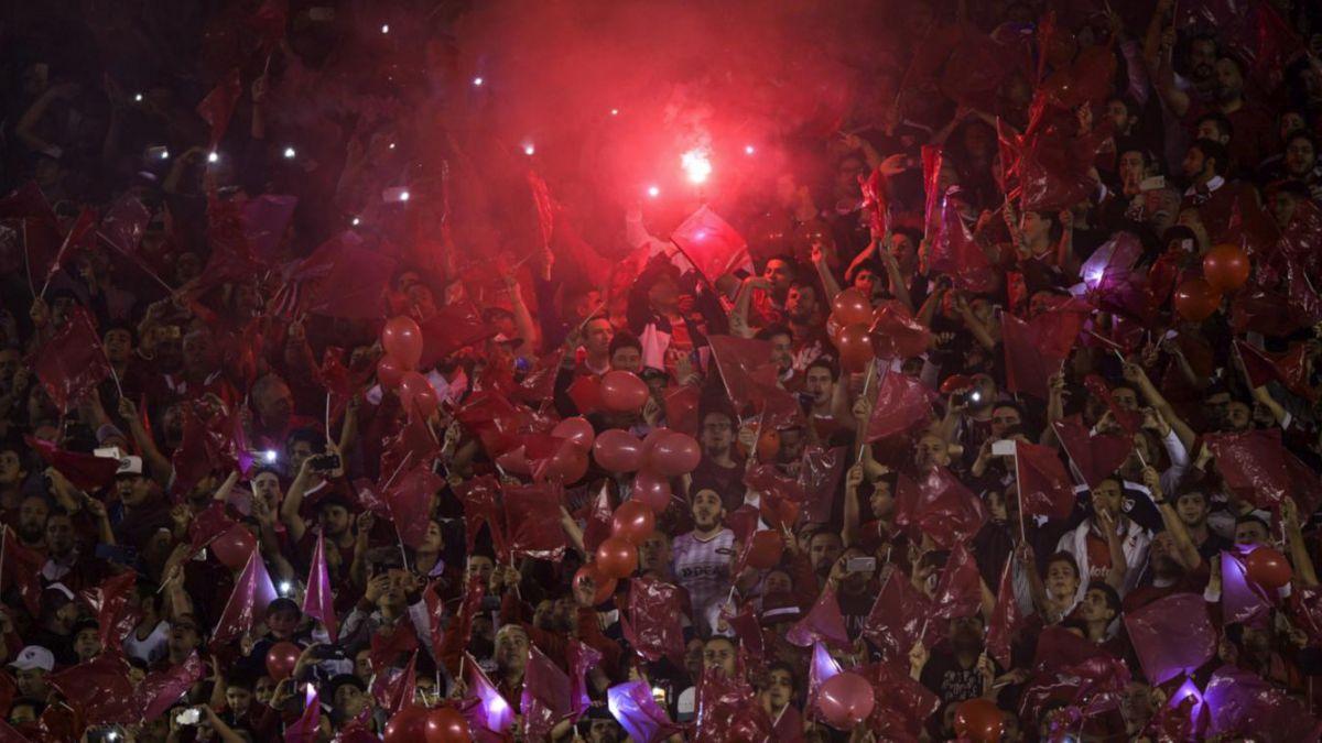 Apresan al vicepresidente de Independiente por vínculos con la barra brava