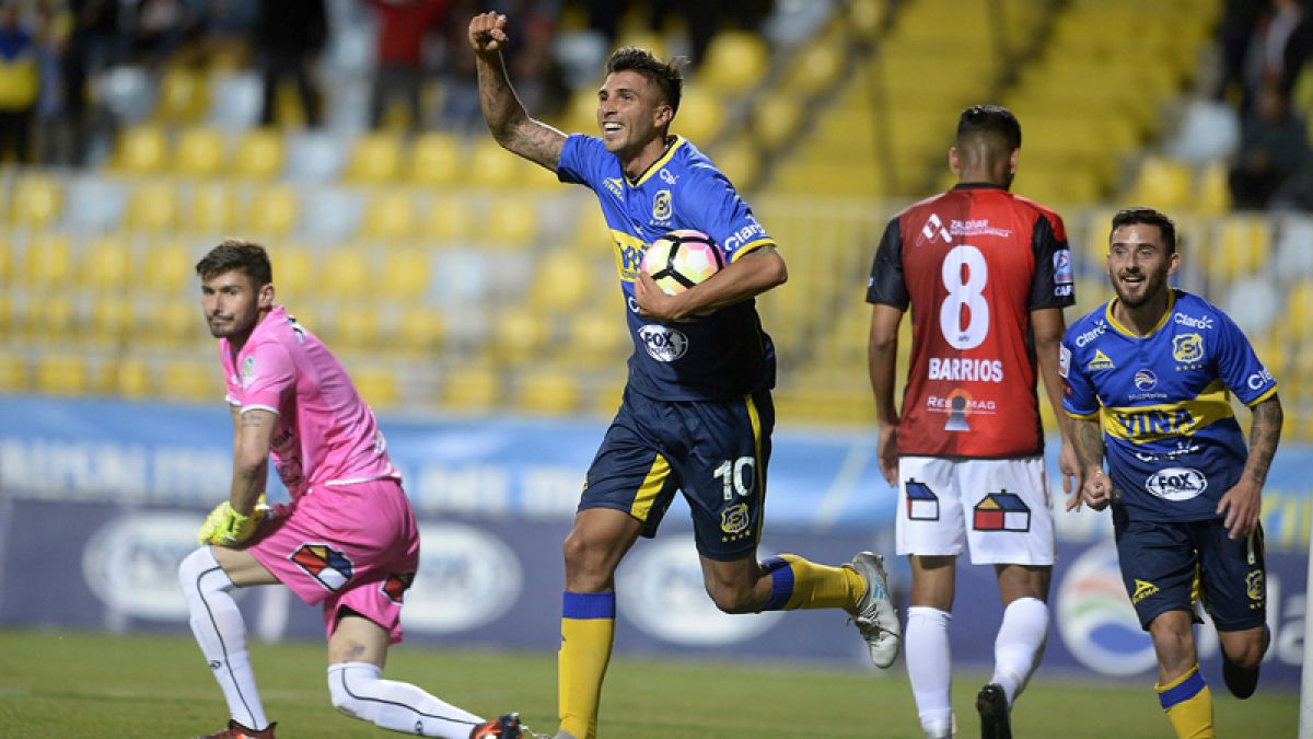Everton vence a Antofagasta y asegura su clasificación al menos a Copa Sudamericana