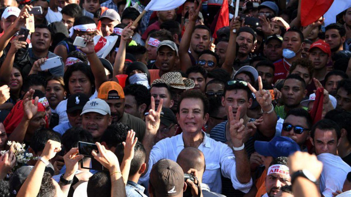Honduras reanuda escrutinio, oposición protesta por fraude | Tele 13