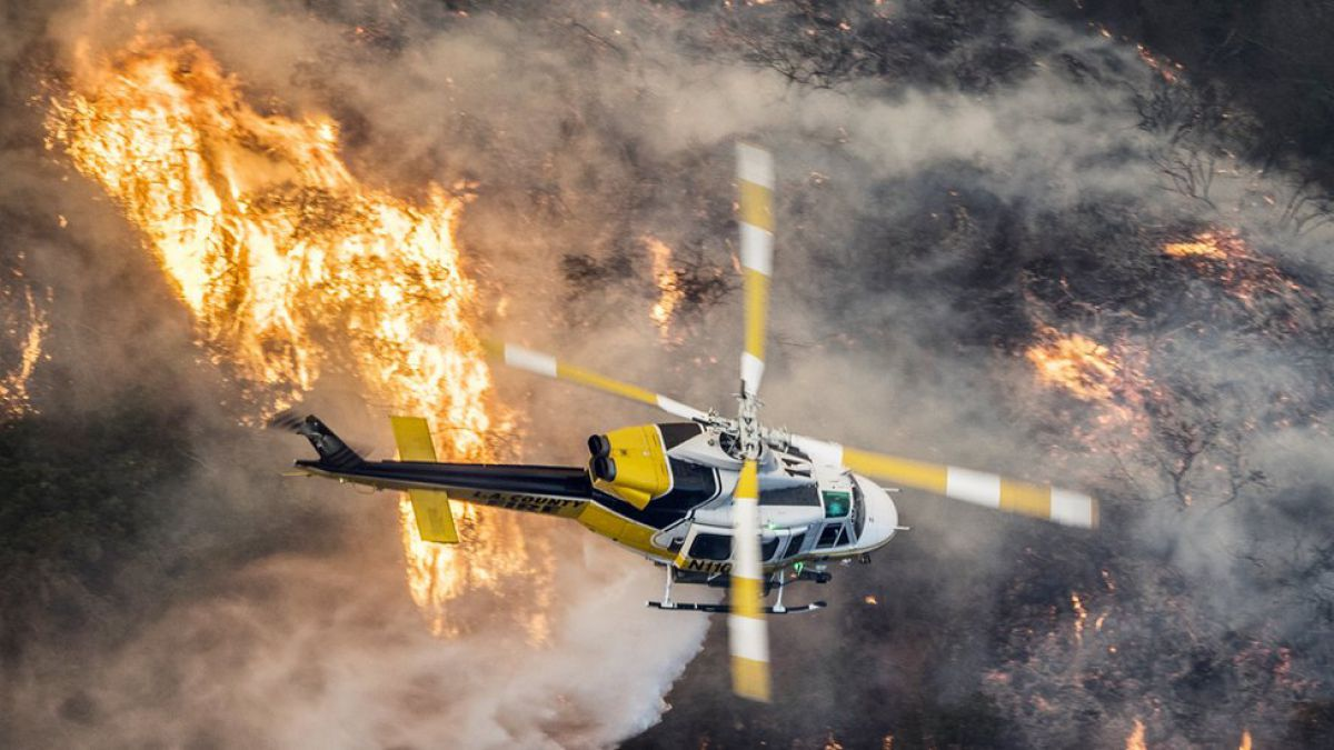 Los incendios del sur de California se acercan a Los Ángeles y amenazan el lujoso barrio de Bel Air