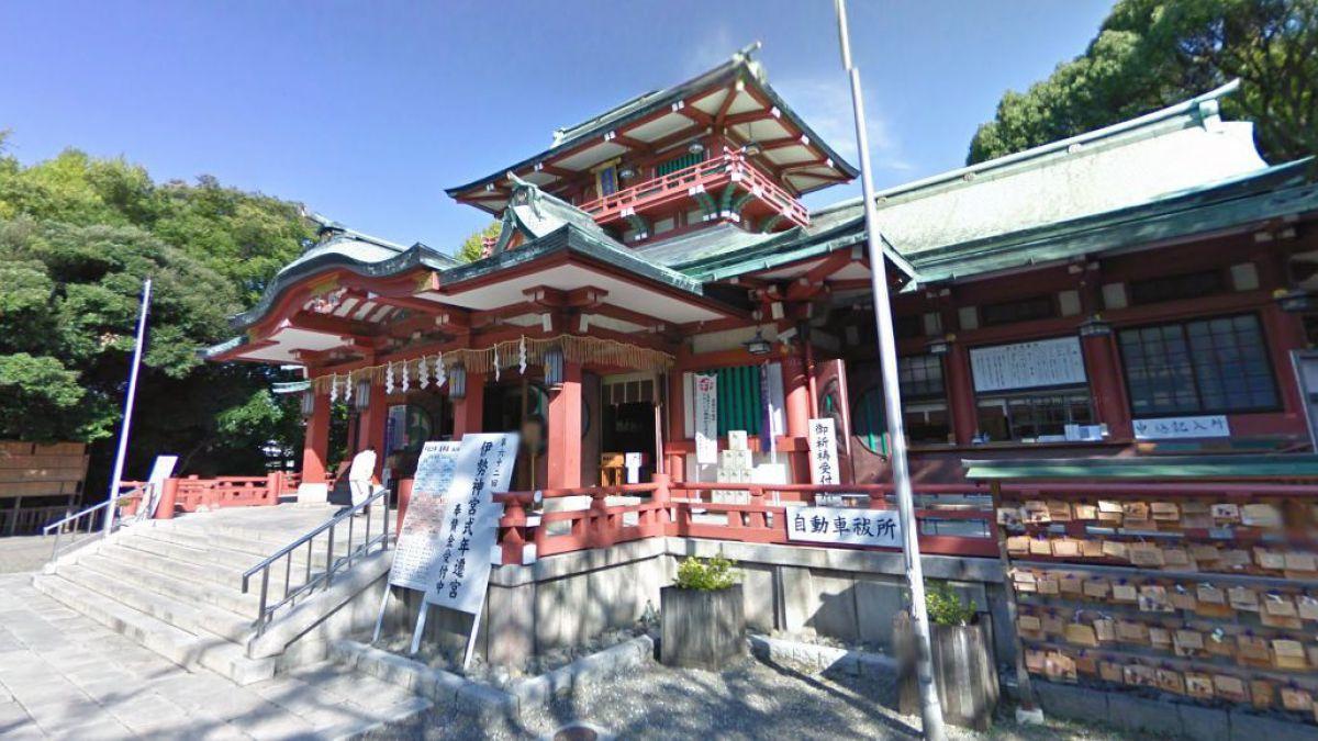 Tres personas muertas tras ataque con katanas en santuario sintoista de Tokio
