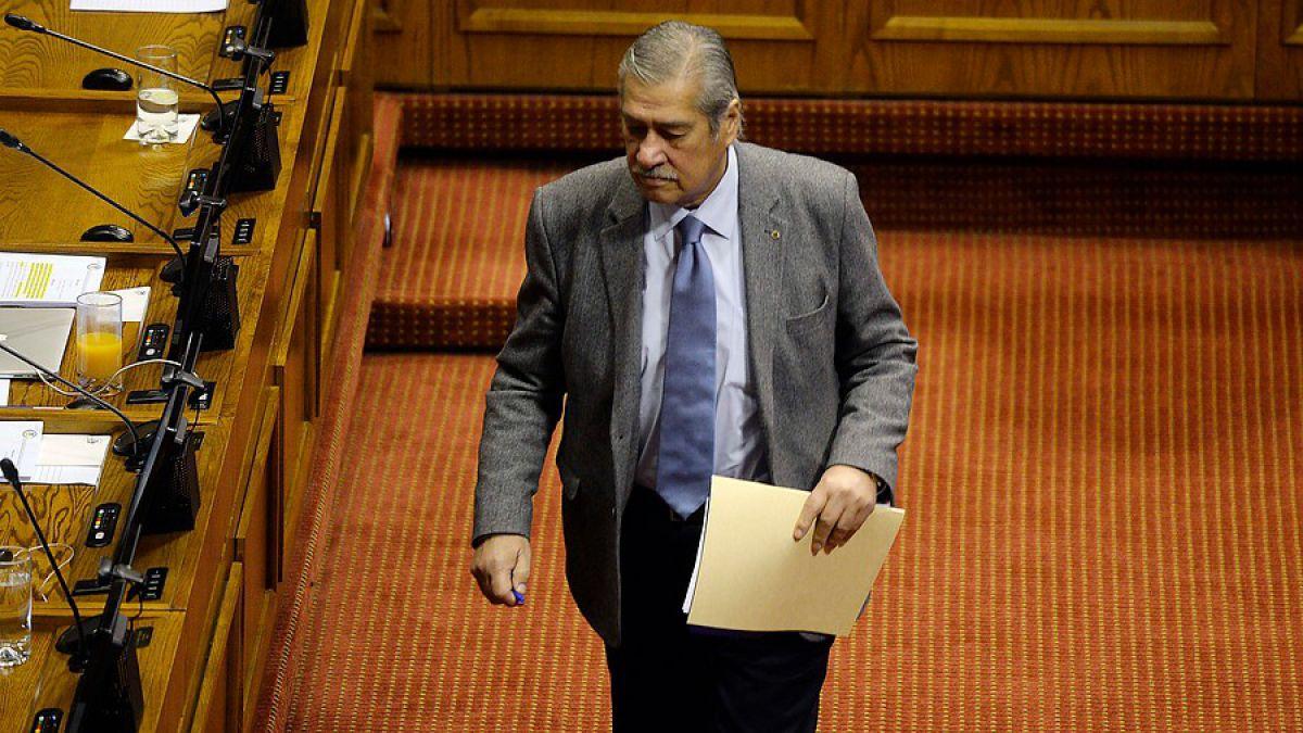Diputado Meza se fue en contra de los panelistas del matinal TVN