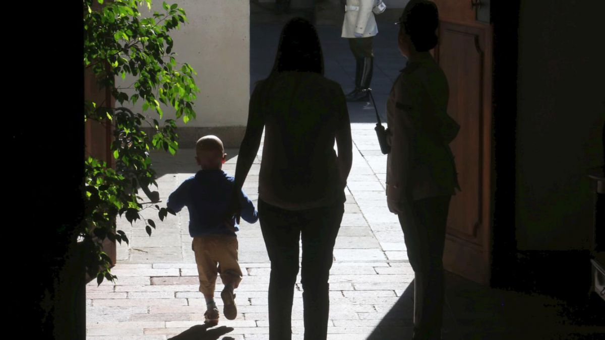 Promulgan Ley Sanna: Padres podrán acompañar a hijos con enfermedades