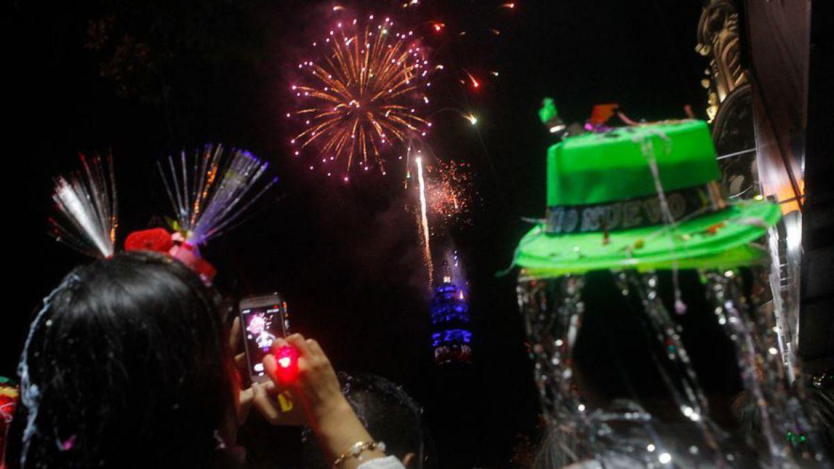 Ano Nuevo 2018 Los Eventos Pirotecnicos Que Habra En Santiago Tele 13