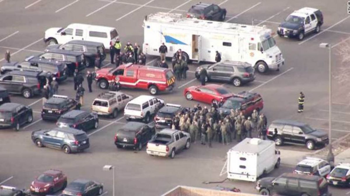 Tiroteo en Denver deja un policía muerto y siete heridos
