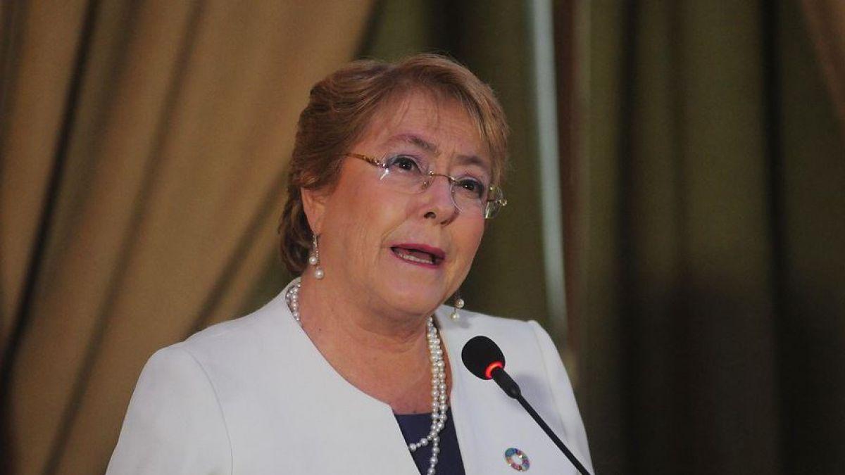 Bachelet descarta repostularse y apunta: Yo estoy por jubilarme todo lo necesario