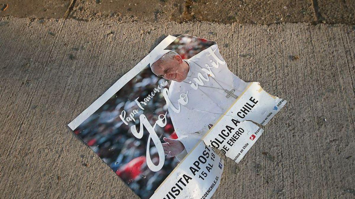 Las consignas que marcan las protestas contra la visita del Papa Francisco