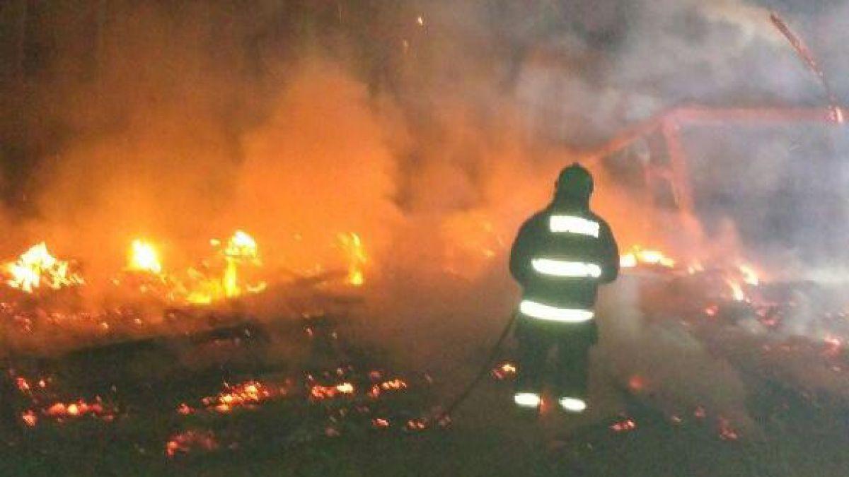Dos capillas fueron incendiadas simultáneamente en La Araucanía