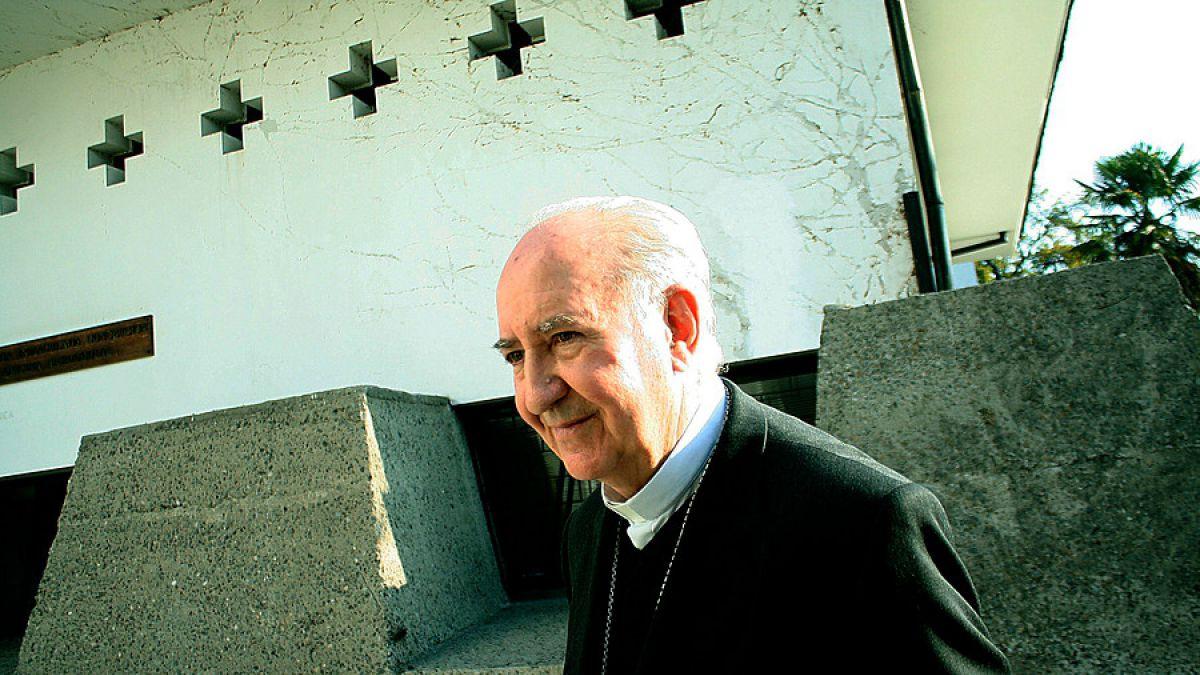 Errázuriz culpa al obispo Barros de las críticas a la gira del Papa Francisco en Chile