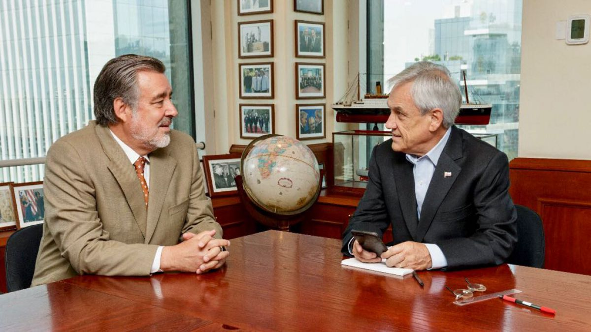 Guillier se reúne con Piñera:
