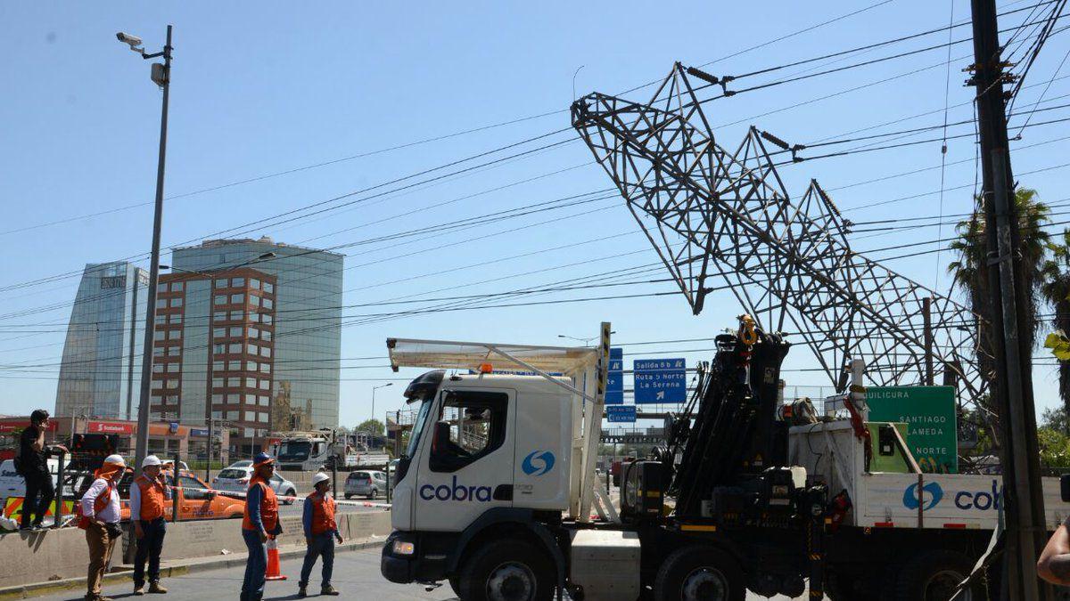 Corte de luz afecta a varias comunas de Santiago