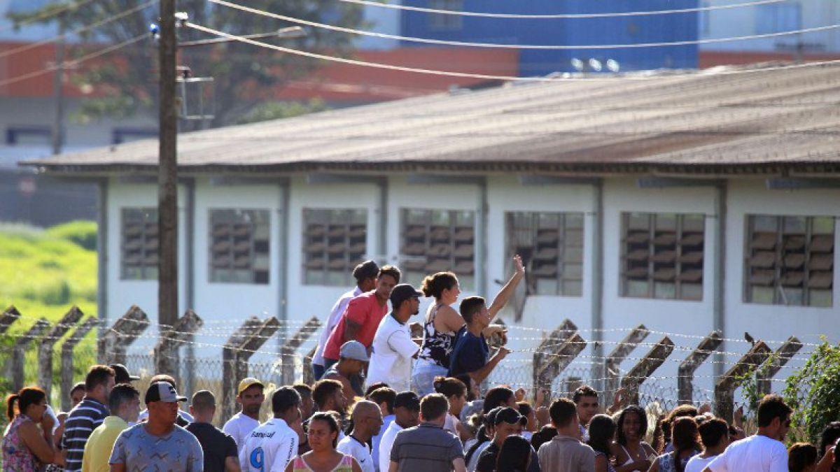 Al menos 10 muertos en enfrentamiento en cárcel de Brasil